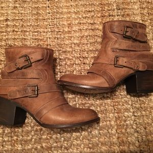 Freebird by Steven Estes Ankle Boot 9